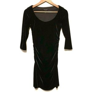 White house black market velvet Body con dress